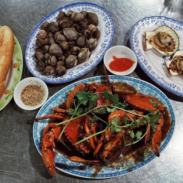 quán hải sản bé mặn Đà Nẵng